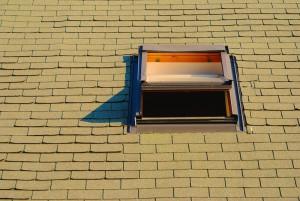 Dřevěné střešní okno - venkovní pohled, autor: Mattox