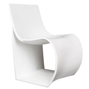 Moderní plastová jídelní židle