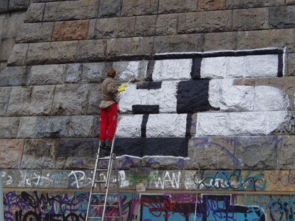 azdomy.cz_graffiti_cz_01